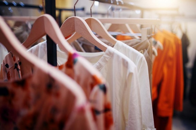Advantages of Setting up a Clothing Company in Dubai